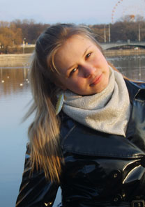 Russian-brides.info - Female looking