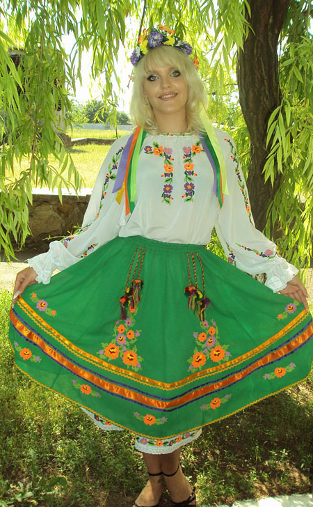 Find the beauty - Russian-brides.info