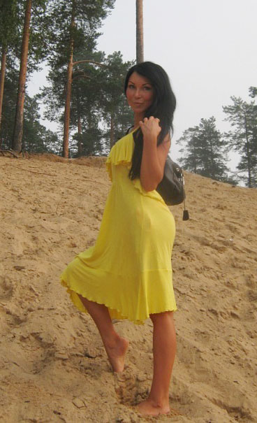 Russian-brides.info - Girl only