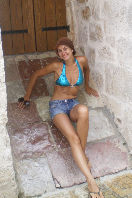 Russian-brides.info - Hot wifes
