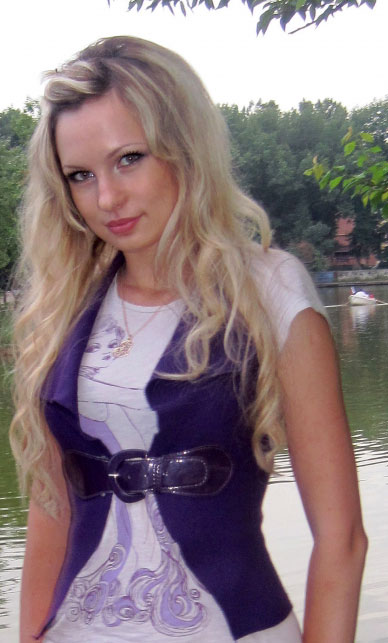 Looking for females - Russian-brides.info