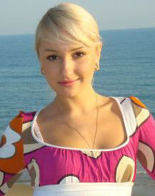 Russian-brides.info - Looking woman
