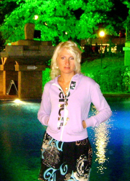 Russian-brides.info - Photo gallery of women
