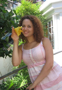 Russian-brides.info - Top dating site 2012